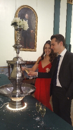 Drinks Fountain With Prosecco