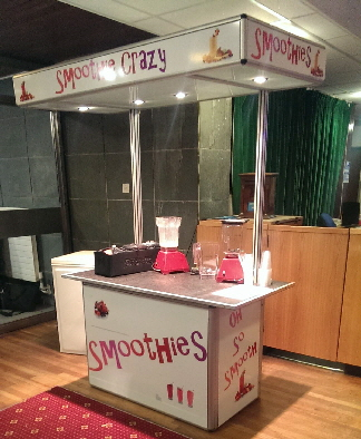 A smootihie service in one of our contemporary catering carts, also available on a traditional Victorian style cart