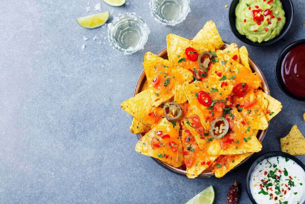 Delicious Nachos, With Cheese And Jalepenos